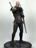 Figurka Zaklínač 3 - Geralt z Rivie (poškozená krabička)