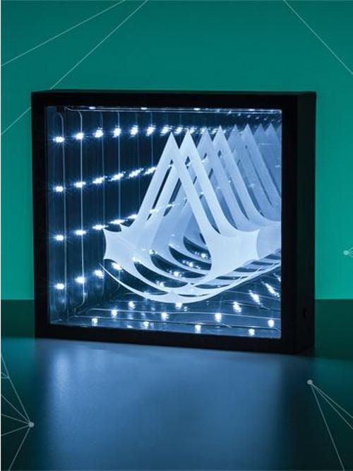 Lampička Infinity Light - Assassins Creed Logo (PC)