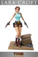 Figurka Tomb Raider - Lara Croft 20th Anniversary 36 cm