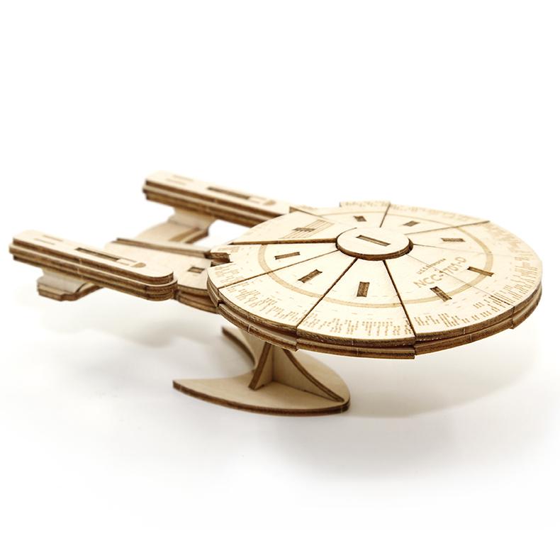 Stavebnice Star Trek - The Next Generation Enterprise (dřevěná) (PC)
