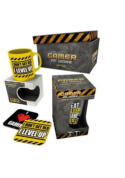 Dárkový set Gamer at Work - hrnek, sklenice, podtácky  (PC)
