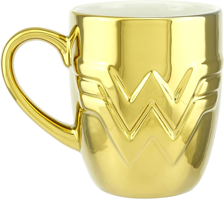 Hrnek DC Comics - Wonder Woman 1984 (zlatý)