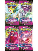Karetní hra Pokémon TCG: Sword & Shield Fusion Strike - booster (10 karet)