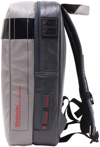 Batoh Nintendo - NES Console