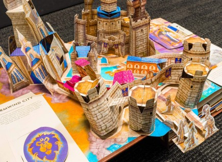 Kniha The World of Warcraft Pop-Up Book