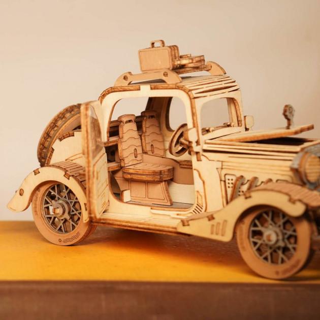 Rolife Vintage Car TG504 - Modern 3D Wooden Puzzle